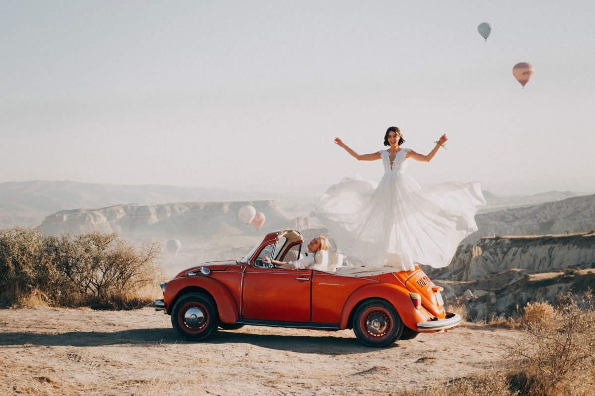 Amazing Wedding Celebrations With Bride Up in the Air in Turkey